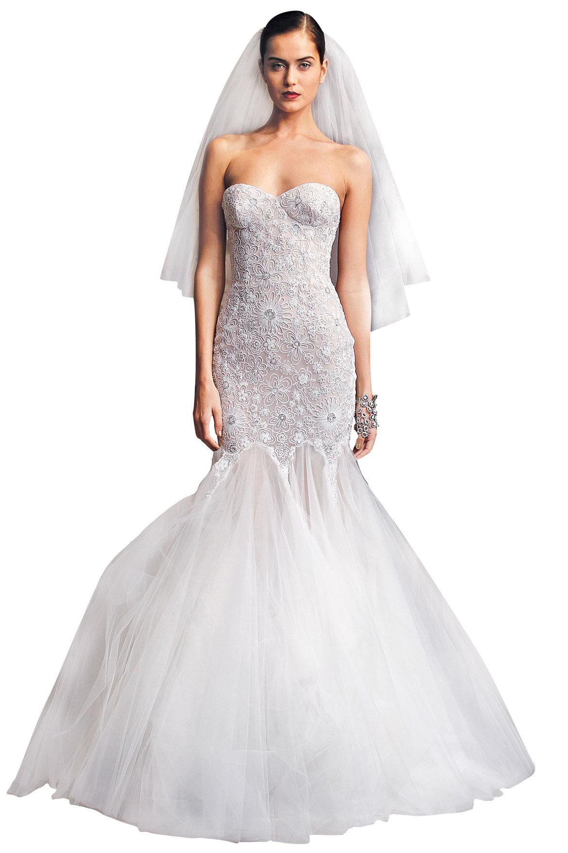 Unique Wedding Dress for Plus Size Hourglass Figure | Wedding