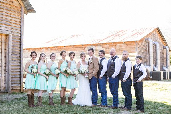 75 Ideas For A Rustic Wedding Bridalguide