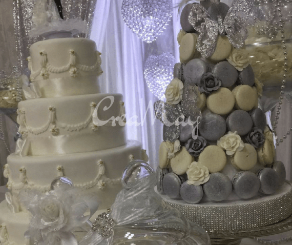 Silver-Wonderland-Wedding-Cookie-Tree