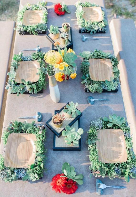 Colorful-Au-Natural-Bridal-Shower-Guest-Tables