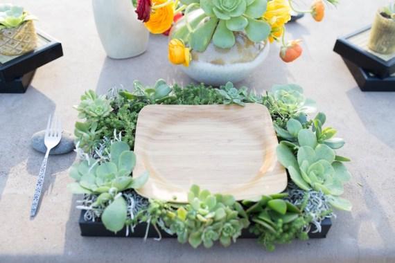 Colorful-Au-Natural-Bridal-Shower-Wooden-Plates