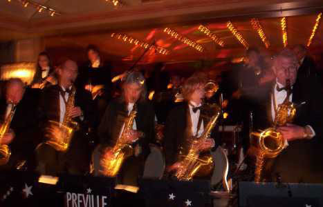 brideca A Big Band for your Wedding Reception