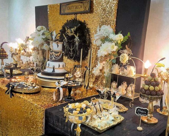 Chic Gatsby Themed Wedding Table Dessert Bar