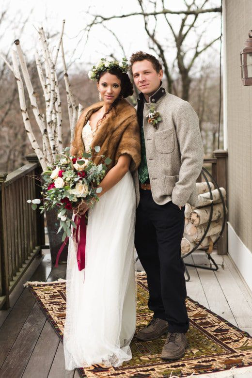 Romantic-Winter-Rustic-Wedding-Bride-Bouquet