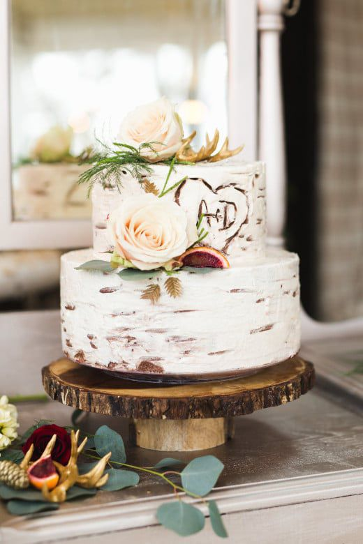 Romantic-Winter-Rustic-Wedding-Cake