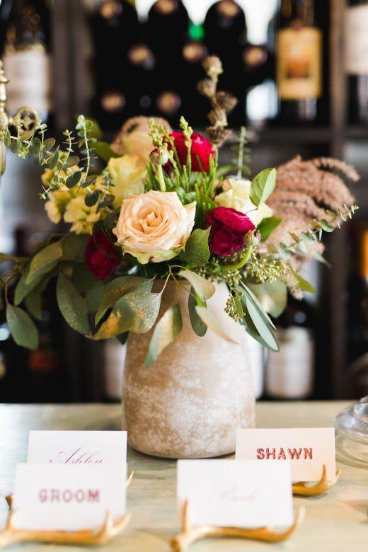 Romantic-Winter-Rustic-Wedding-Flowers