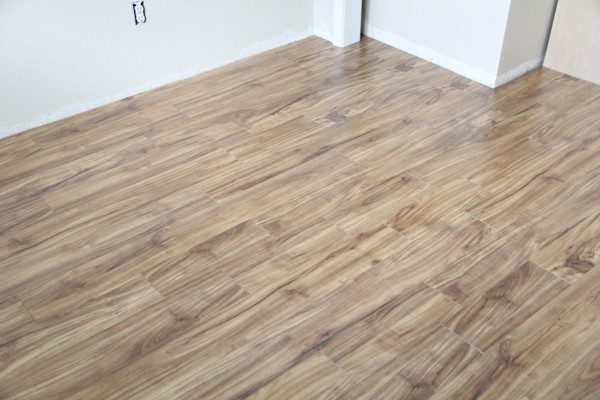 How long does laminate flooring last laminate flooring for How long should carpet last