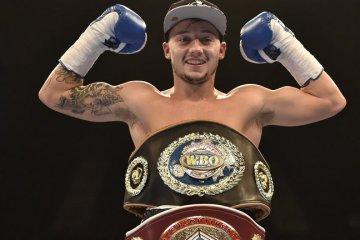 mitchell-smith-harrow-superfeatherweight-201_3354235-2