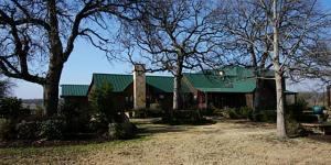 Terry Bradshaw selling Oklahoma horse ranch for $10 million dollars