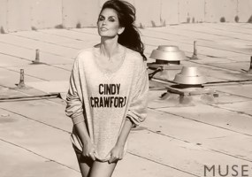 Cindy Crawford sexy pics