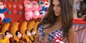 Emily Ratajkowski is going to be in the 'Entourage' movie; let's celebrate with some GIFs!