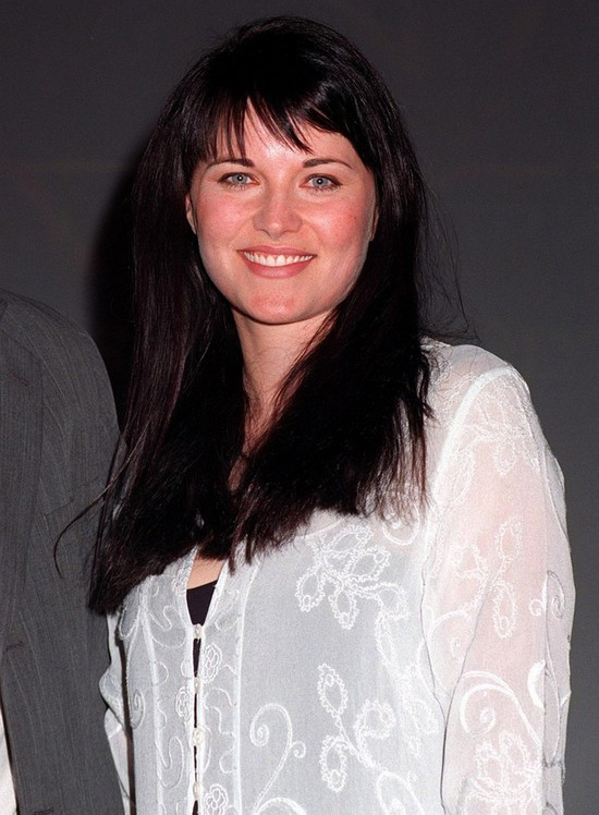 Lucy-Lawless-then-and-now-1