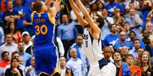 Watch Steph Curry beat the Mavs with a wild three-pointer