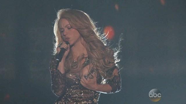 Shakira nipple