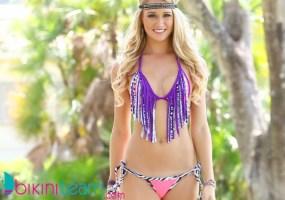 Jade Kastl bikini team