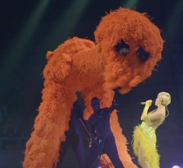Miley Cyrus muppset
