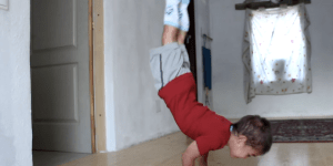This 5-Year-Old Doing 90 Degree Pushups Is More Alpha Than You'll Ever Be