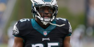 LeSean McCoy Doubles Down, Says He'd Absolutely Tip .20 Again Because That Restaurant Had Shitty Service