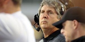 Washington State Football Coach Mike Leach Predicts Online Dating Will Lead To Human Extinction