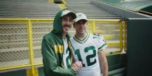 British Comedian Tom Wrigglesworth, An Aaron Rodgers Doppleganger, Met Aaron Rodgers
