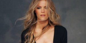 Brooklyn Decker Shows Off A WHOLE LOT Of Cleavage In A Sexy New SI Swimsuit Video