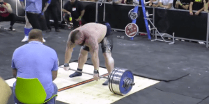 Watch Eddie Hall Deadlift 1018 LBS To Break The World Record At The Arnold Classic In Australia