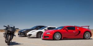 Watch World's Fastest Hyperbike Kawasaki Ninja H2R Race Bugatti Veyron, GT-R And McLaren MP-12C On Airstrip