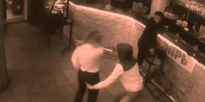 Guy Grabs Waitress's Butt, Waitress Instantly Knocks Him Out