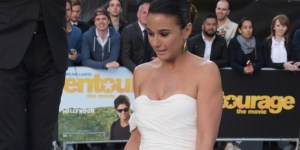 Emmanuelle Chriqui Was All Cleavage And Legs, Thanks To The Wind, At The 'Entourage' European Premiere