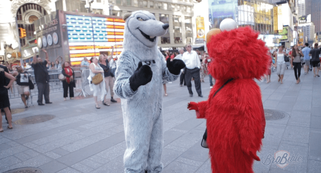 I Infiltrated the Bizarre and Frightening World of Costumed Characters in Times Square, Was Not Well-Received