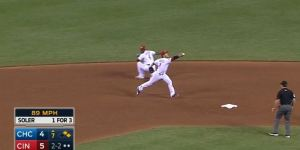 Brandon Phillips Made Another Incredible Behind-The-Back Play, Is A Magician