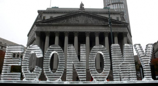 the word ECONOMY as an ice sculpture