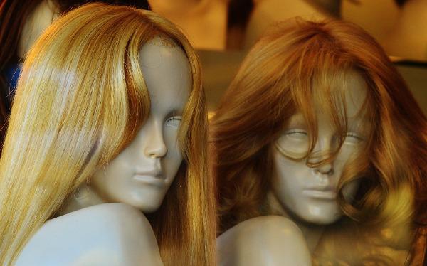 mannequins-1079925_1920-resized