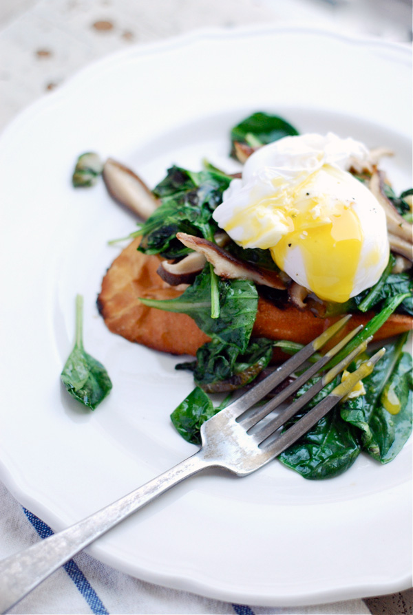 poached duck eggs over shiitake and tatsoi toasts // brooklyn supper