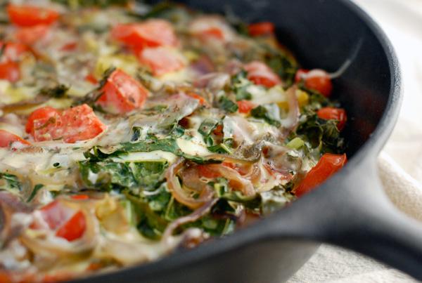 roasted potato, kale and tomato frittata // brooklyn supper