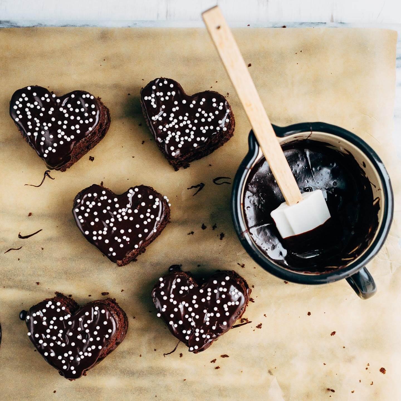 vegan chocolate mini cakes with coconut milk ganache   brooklyn supper