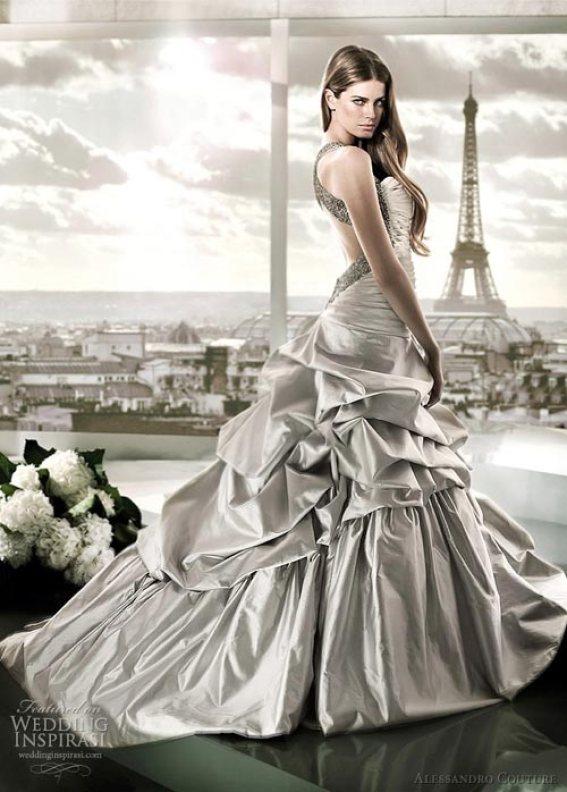 Brudekjole i sølv