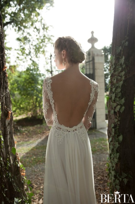 Berta-Bridal-Brudekjole-blonder-esklusive-brudekjoler