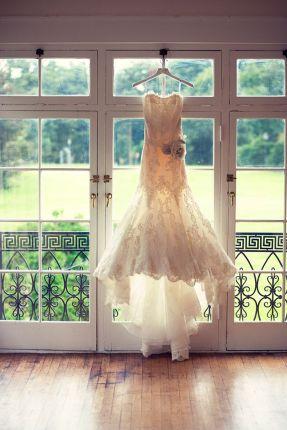 brudekjole-bilde-hengende