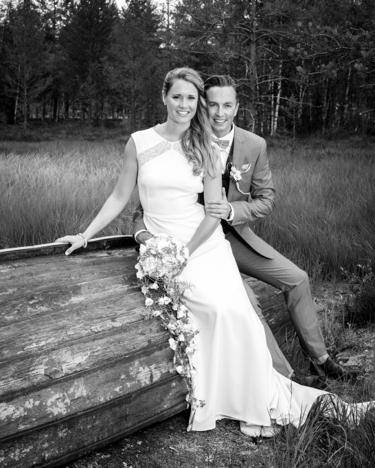 låvebryllup-bondebryllup-bryllup-på-gård-rustikt-bryllup