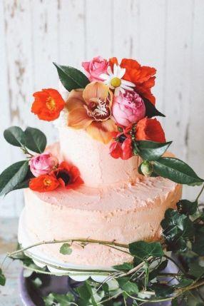 rosa-bryllupskake-tropisk-bryllup