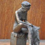 Fussabtrocknende, klein, Bronze, patiniert, I-VI