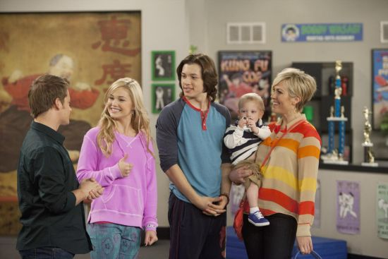 JASON EARLES, OLIVIA HOLT, LEO HOWARD, TWINS CORBEN AND CADEN ROTHWEILER, RACHEL CANNON