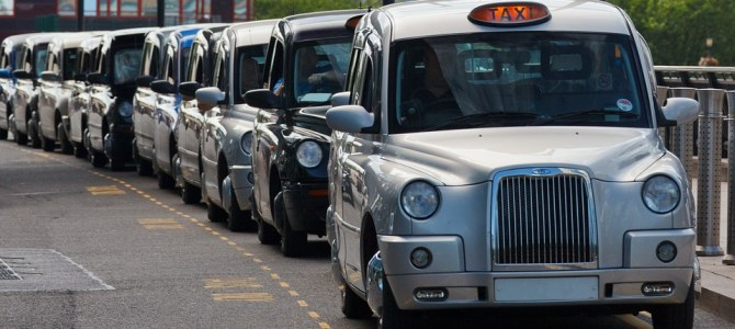 Finding a Reputable Taxi for Your Airport Transfer