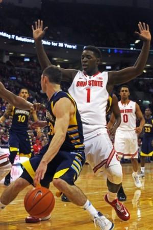 Thad Matta earns 300th win in Ohio State men's basketball season opener