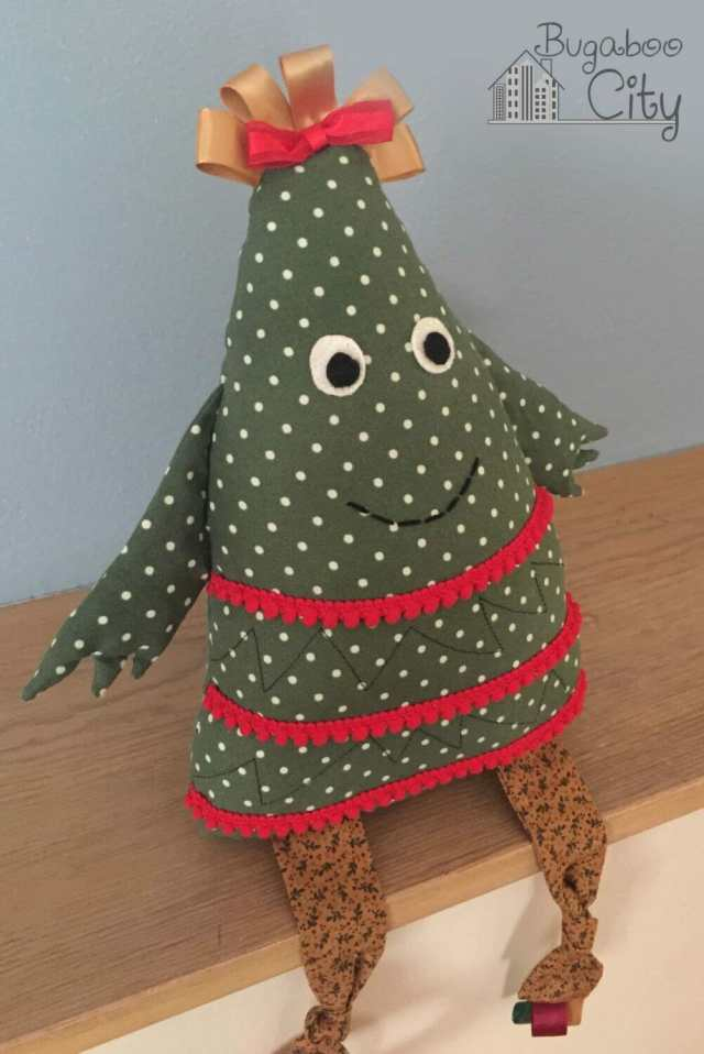 Christmas Tree baby toy tutorial and free pattern