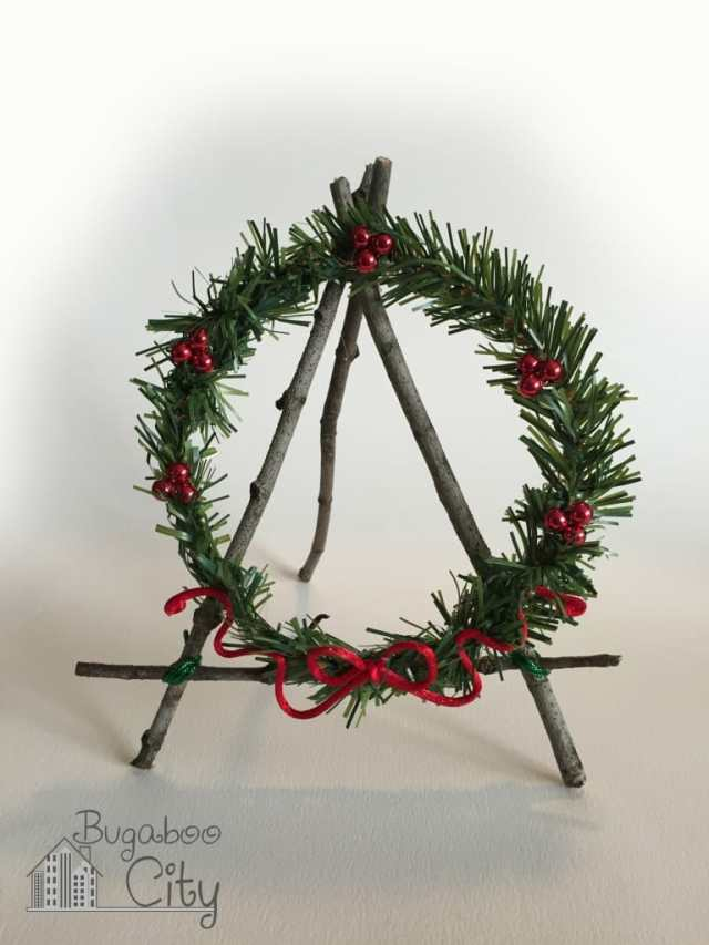 Holiday Easel