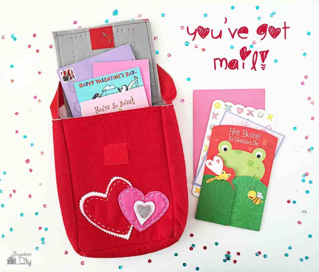 DIY Felt Valentine's Day Mailbox