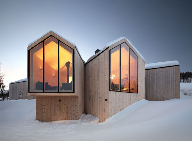 Reiulf Ramstad Split View Mountain Lodge Designboom 01