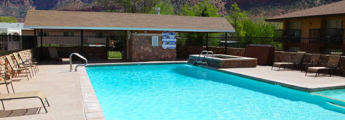 swimming-pool-in-springdale-utah